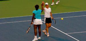 Serena Williams & Martina Navratilova - © James G (Flickr)