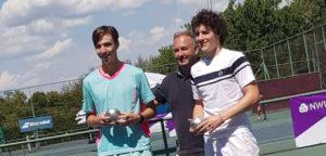 Noah Martens en Alexander Hoogmartens - © Wilson Tennis Academy Genk (Facebook)