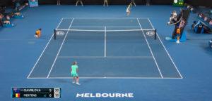 Ellise Mertens en Daria Gavrilova - © YouTube Australian Open