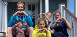 Kim Clijsters en gezin - © Kim Clijsters (Instagram)