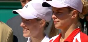 Justine Henin en Kim Clijsters - © YouTube