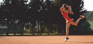 Tennisvrouw - © Ziga Plahutar (iStock)