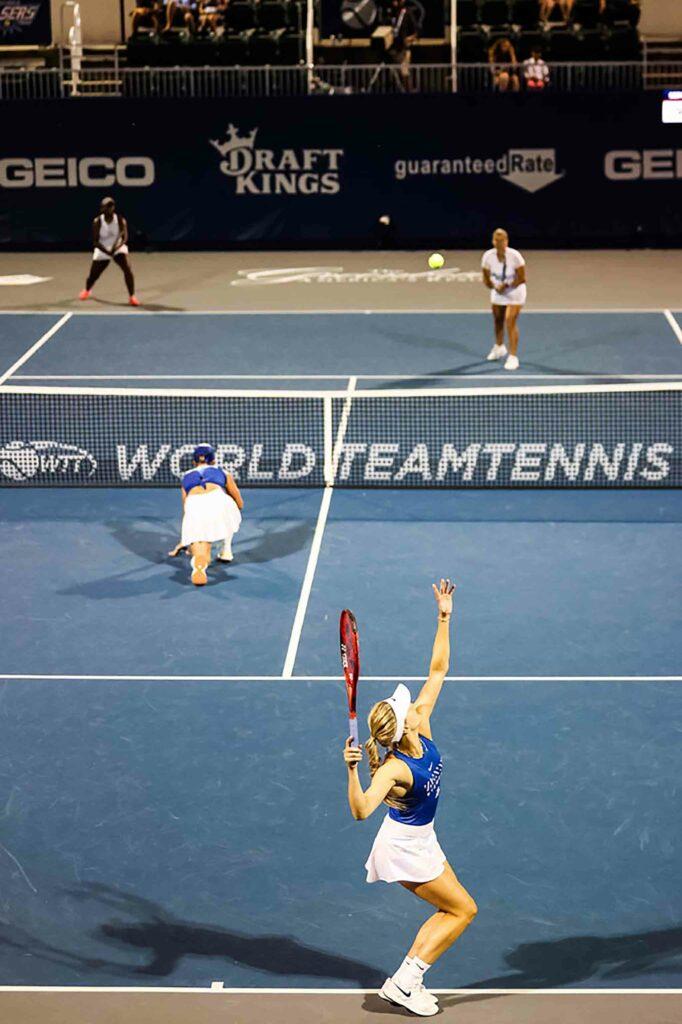 Eugenie Bouchard, Bethanie Mattek-Sands, Kim Clijsters en Hailey Baptiste - © World TeamTennis