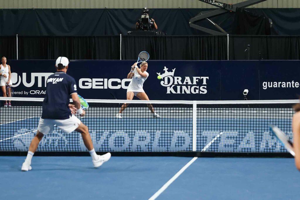 Kim Clijsters en Mike Bryan - © World TeamTennis