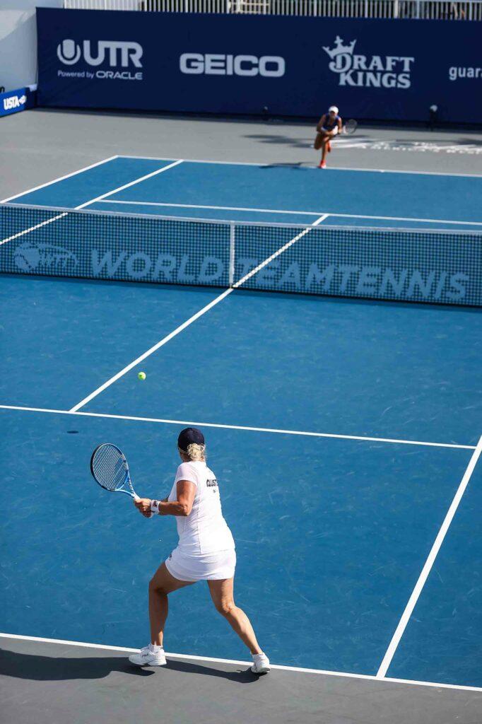 Kim Clijsters en Sofia Kenin - © World TeamTennis