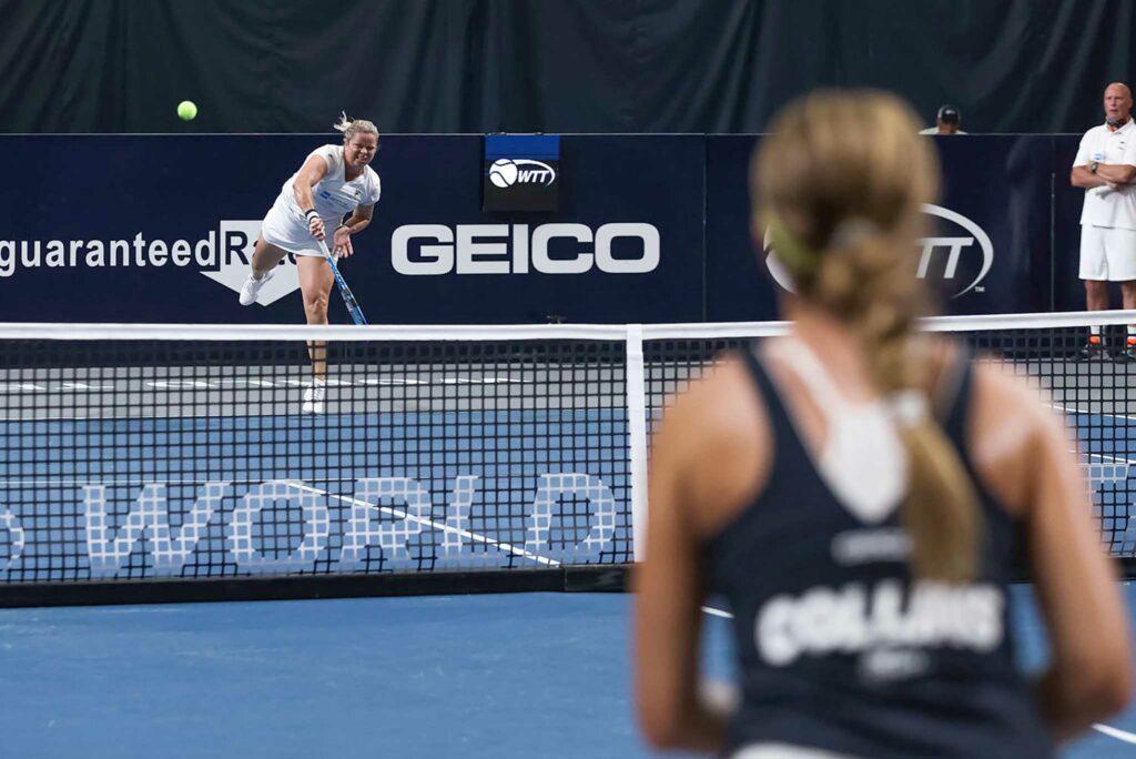 Kim Clijsters en Danielle Collins - © World TeamTennis