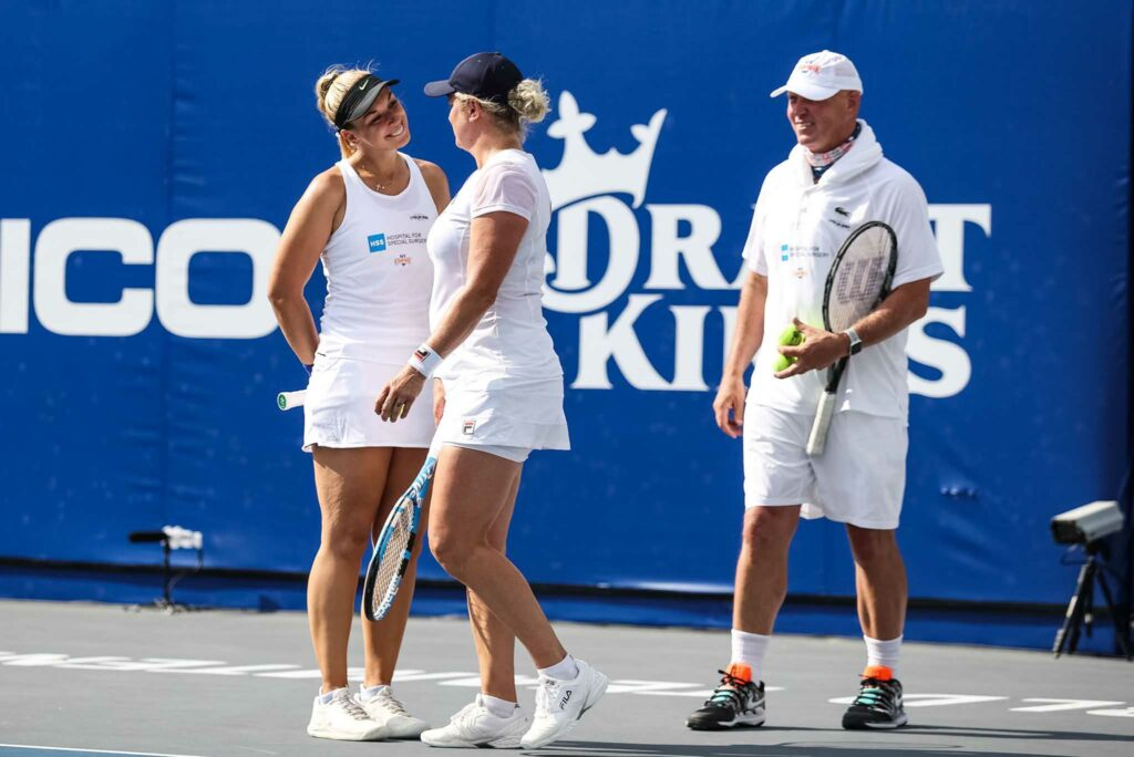 Sabine Lisicki, Kim Clijsters en Luke Jensen - © World TeamTennis
