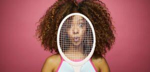 Vrouw met tennisracket - © Tempura (iStock)