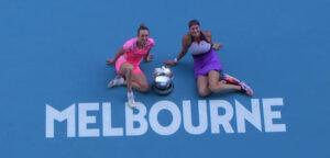 Elise Mertens en Aryna Sabalenka - © Tennis Australia